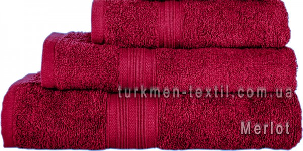 Махровое полотенце 100х150 см бордового цвета 400 г/м2