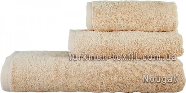 Махровое полотенце 70х140 см бежевого цвета 500 г/м2