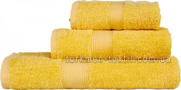 Махровое полотенце 70х140 см светло-желтого цвета 550 г/м2