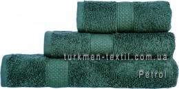 Полотенце 70х140 см темно-изумрудного цвета 550 г/м2