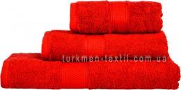 Полотенце 70х140 см красного цвета 550 г/м2