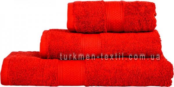 Махровое полотенце 70х140 см красного цвета 550 г/м2