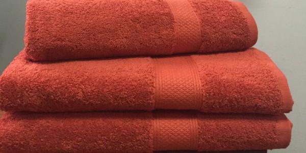 Махровое полотенце 50х70 см кирпичного цвета 550 г/м2