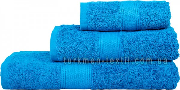 Махровое полотенце 70х140 см ярко-синего цвета 550 г/м2